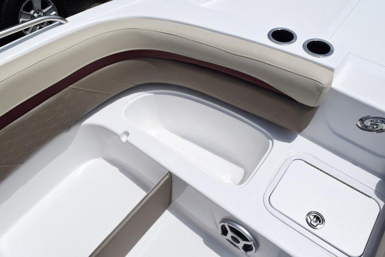 Thumbnail 45 for New 2019 Hurricane 217 SunDeck OB boat for sale in Miami, FL