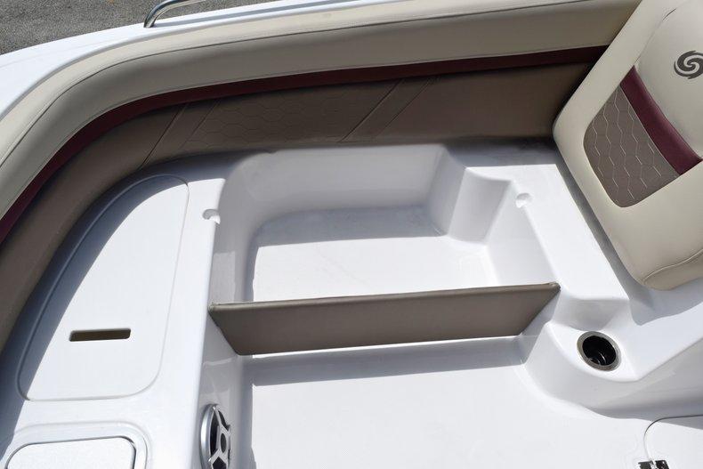 Thumbnail 47 for New 2019 Hurricane 217 SunDeck OB boat for sale in Miami, FL