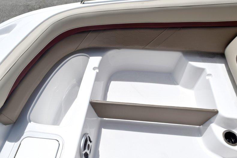 Thumbnail 48 for New 2019 Hurricane 217 SunDeck OB boat for sale in Miami, FL