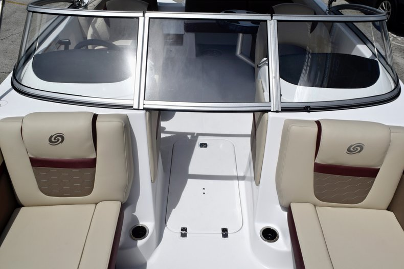 Thumbnail 51 for New 2019 Hurricane 217 SunDeck OB boat for sale in West Palm Beach, FL