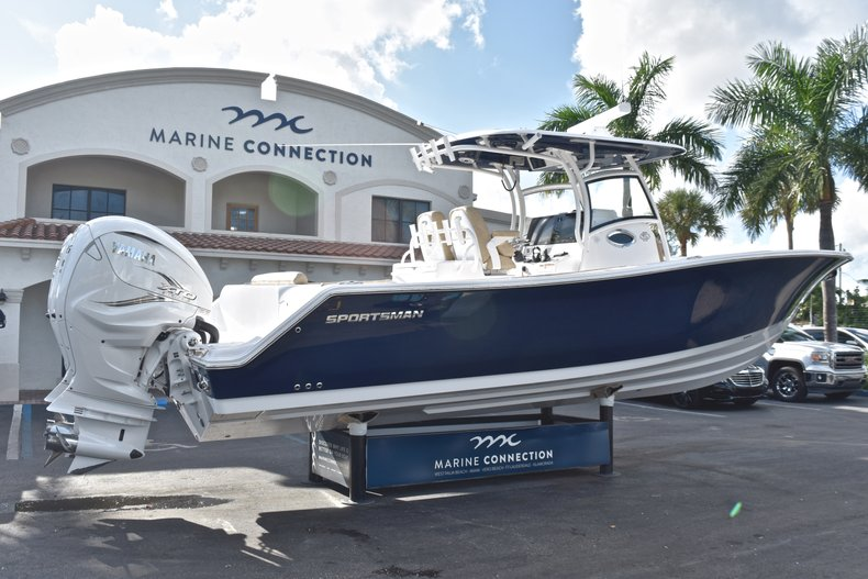 Thumbnail 11 for New 2019 Sportsman Open 312 Center Console boat for sale in Miami, FL