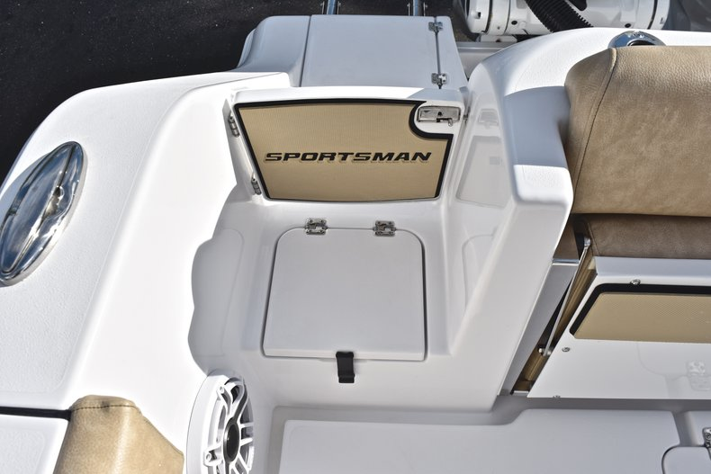 Thumbnail 20 for New 2019 Sportsman Open 312 Center Console boat for sale in Miami, FL