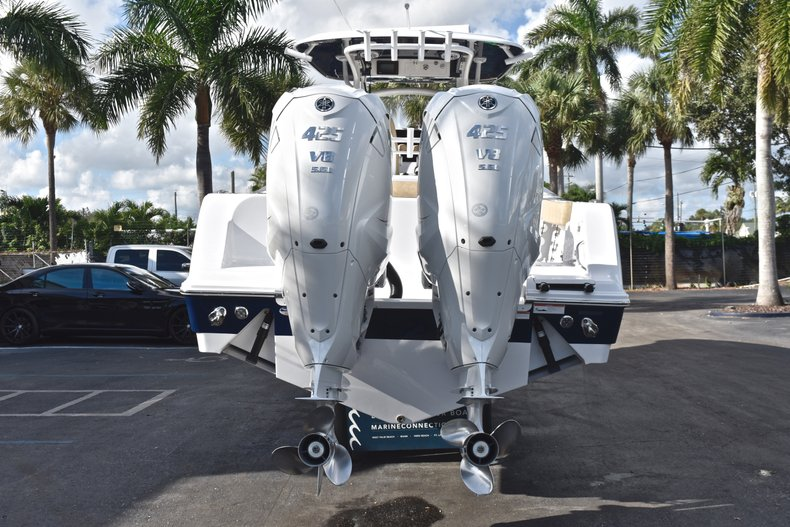 Thumbnail 9 for New 2019 Sportsman Open 312 Center Console boat for sale in Miami, FL