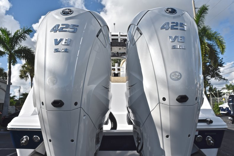 Thumbnail 10 for New 2019 Sportsman Open 312 Center Console boat for sale in Miami, FL