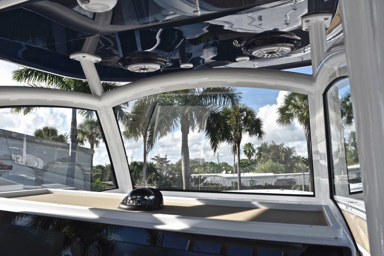 Thumbnail 60 for New 2019 Sportsman Open 312 Center Console boat for sale in Miami, FL