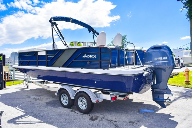 Thumbnail 5 for New 2019 Hurricane FunDeck FD 236 Wet Bar OB boat for sale in Miami, FL