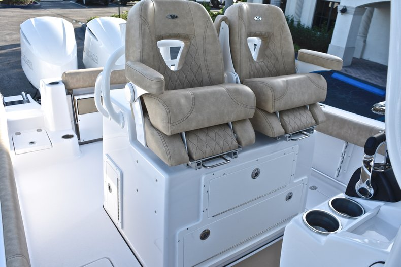 Thumbnail 33 for New 2019 Sportsman Open 282 TE Center Console boat for sale in Miami, FL