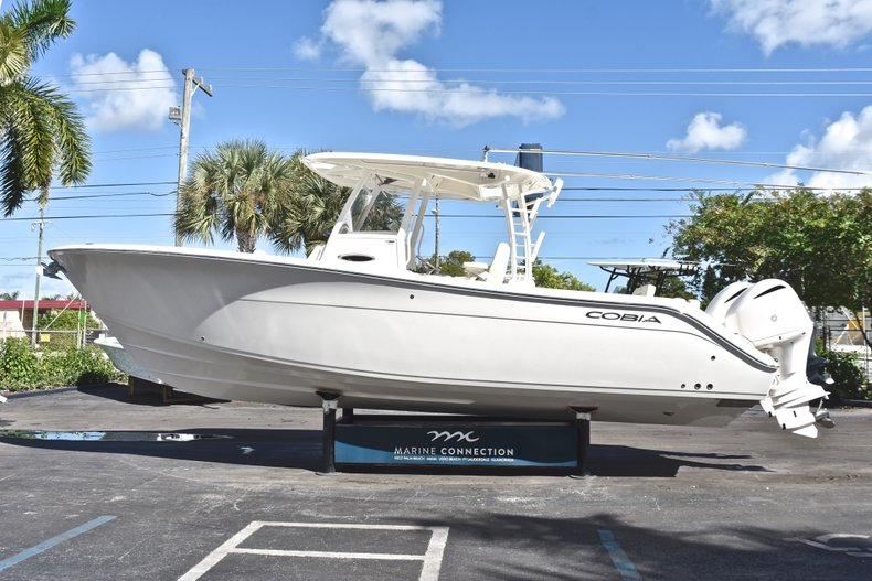 Thumbnail 5 for New 2019 Cobia 301 CC Center Console boat for sale in Miami, FL