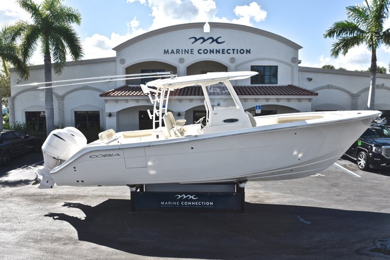 New 2019 Cobia 301 CC Center Console boat for sale in Miami, FL