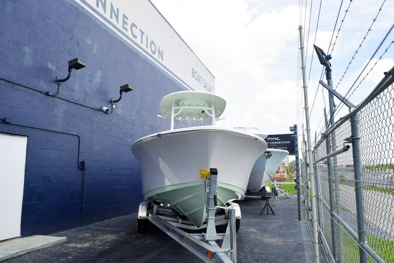 Thumbnail 1 for New 2019 Sportsman Heritage 231 Center Console boat for sale in Miami, FL