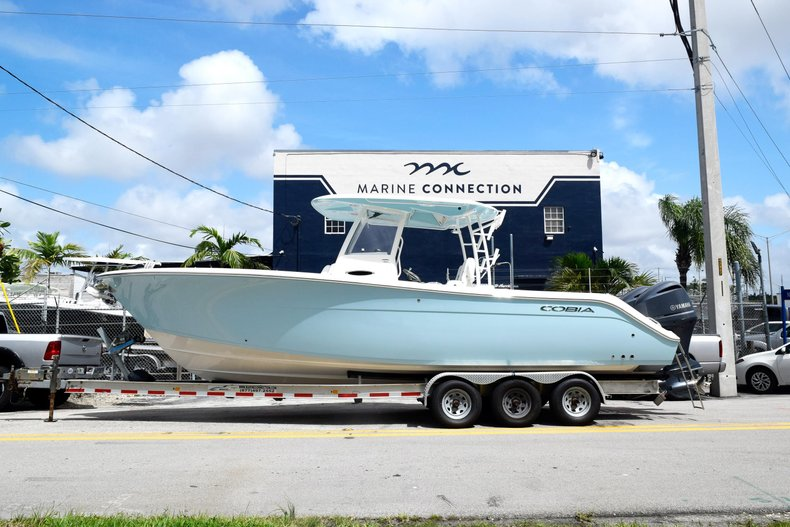New 2019 Cobia 301 CC Center Console boat for sale in Vero Beach, FL