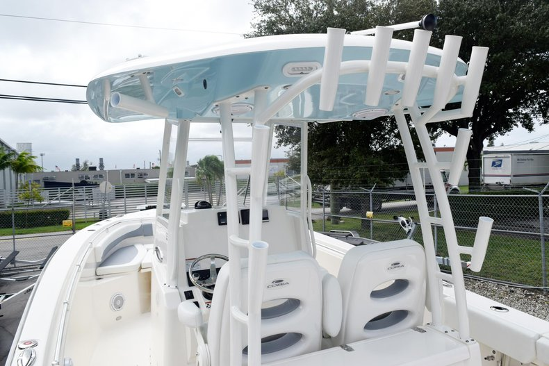 Thumbnail 114 for New 2019 Cobia 301 CC Center Console boat for sale in Vero Beach, FL