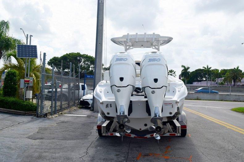 Thumbnail 3 for Used 2018 Glasstream 328 boat for sale in Miami, FL