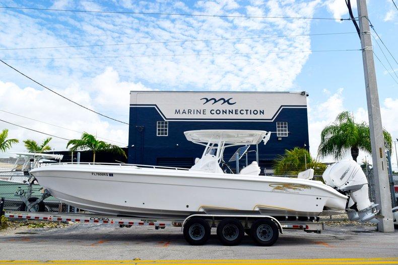 Thumbnail 4 for Used 2018 Glasstream 328 boat for sale in Miami, FL