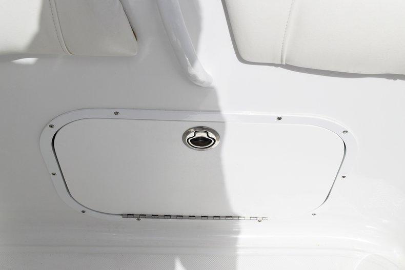 Thumbnail 15 for Used 2018 Glasstream 328 boat for sale in Miami, FL