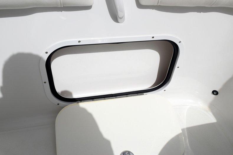 Thumbnail 16 for Used 2018 Glasstream 328 boat for sale in Miami, FL