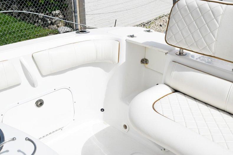 Thumbnail 14 for Used 2018 Glasstream 328 boat for sale in Miami, FL
