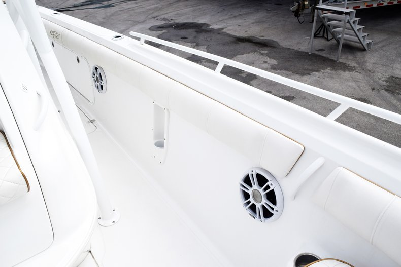 Thumbnail 57 for Used 2018 Glasstream 328 boat for sale in Miami, FL