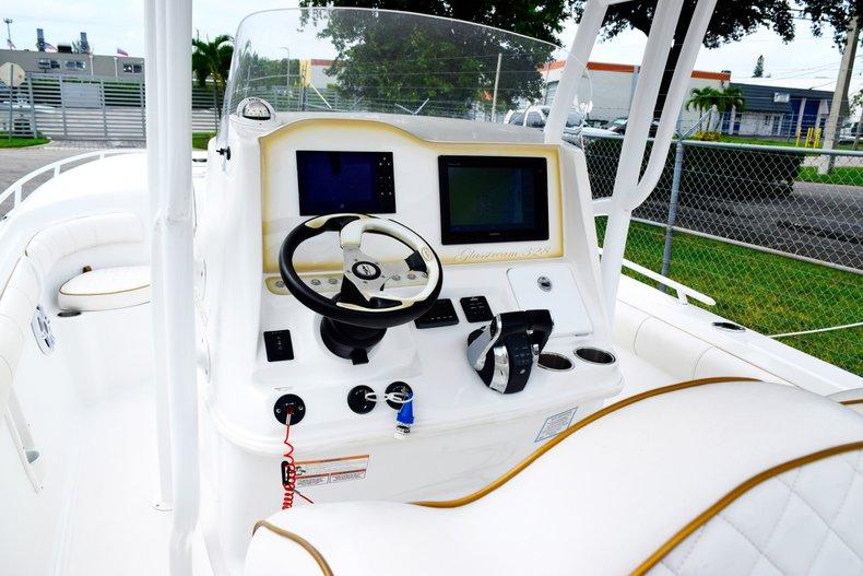 Thumbnail 70 for Used 2018 Glasstream 328 boat for sale in Miami, FL