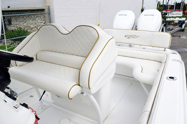Thumbnail 75 for Used 2018 Glasstream 328 boat for sale in Miami, FL