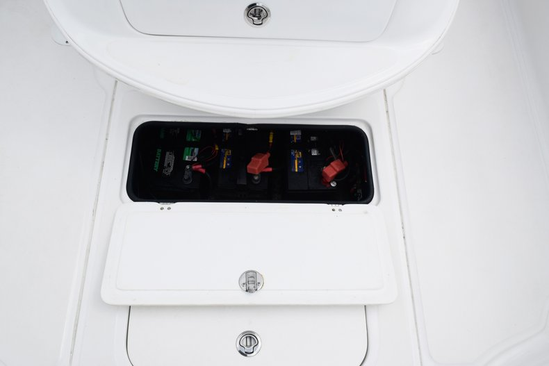 Thumbnail 77 for Used 2018 Glasstream 328 boat for sale in Miami, FL