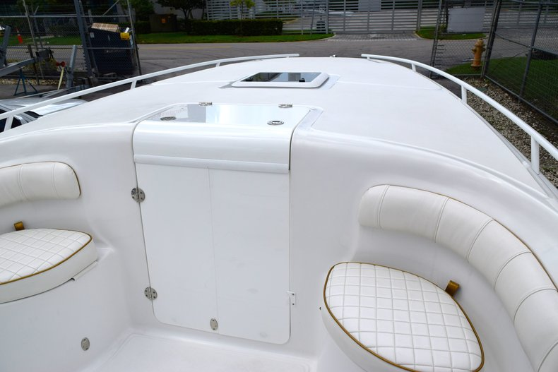 Thumbnail 80 for Used 2018 Glasstream 328 boat for sale in Miami, FL