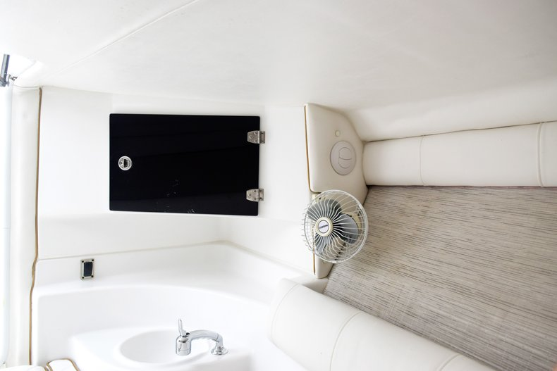 Thumbnail 89 for Used 2018 Glasstream 328 boat for sale in Miami, FL