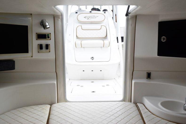 Thumbnail 90 for Used 2018 Glasstream 328 boat for sale in Miami, FL