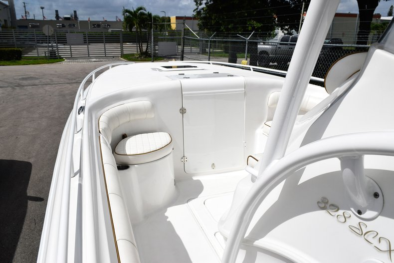 Thumbnail 98 for Used 2018 Glasstream 328 boat for sale in Miami, FL