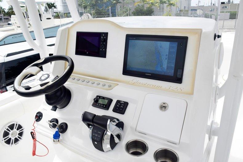 Thumbnail 69 for Used 2018 Glasstream 328 boat for sale in Miami, FL