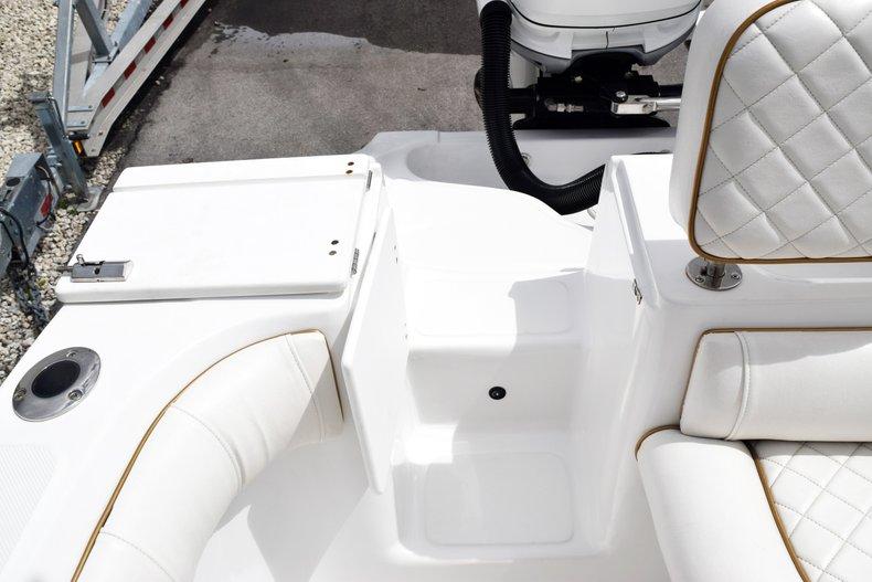 Thumbnail 109 for Used 2018 Glasstream 328 boat for sale in Miami, FL