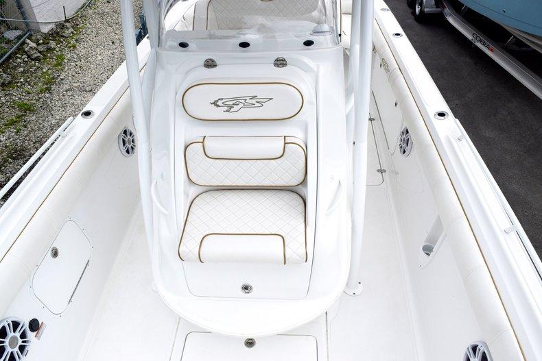 Thumbnail 106 for Used 2018 Glasstream 328 boat for sale in Miami, FL