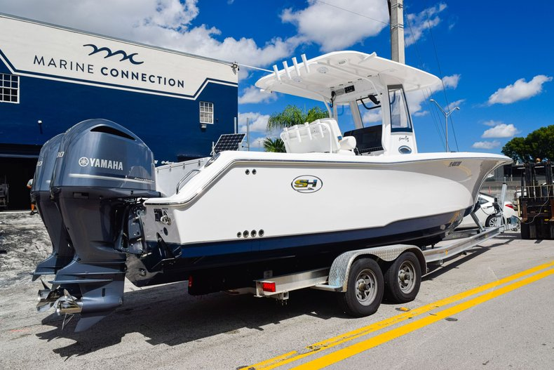 Thumbnail 6 for Used 2018 Sea Hunt Game Fish 30 Center Console boat for sale in Miami, FL