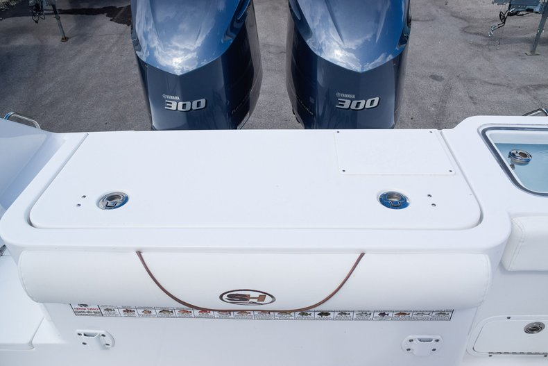 Thumbnail 11 for Used 2018 Sea Hunt Game Fish 30 Center Console boat for sale in Miami, FL