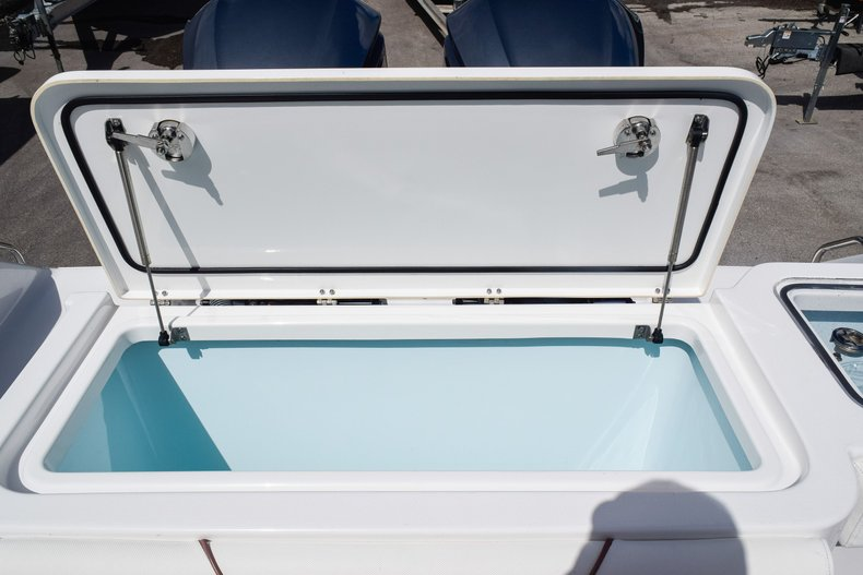 Thumbnail 12 for Used 2018 Sea Hunt Game Fish 30 Center Console boat for sale in Miami, FL