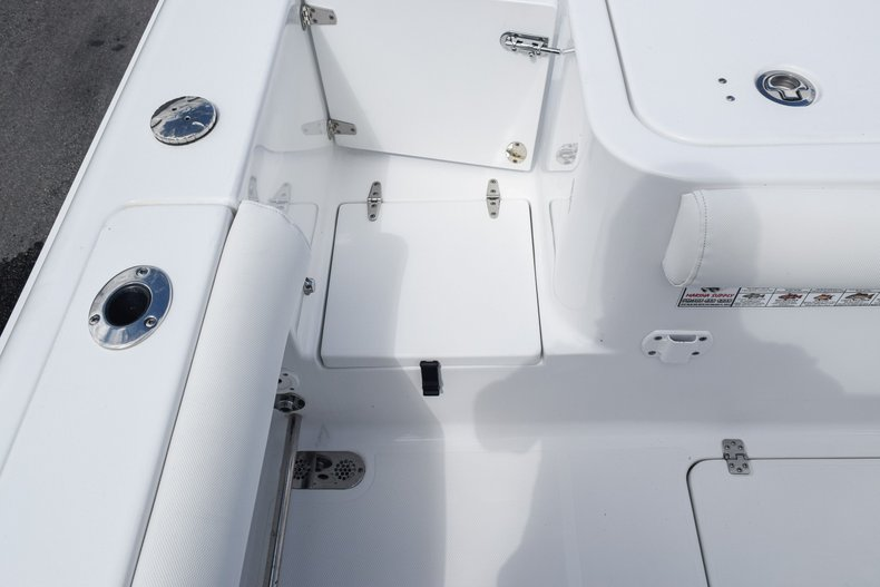 Thumbnail 15 for Used 2018 Sea Hunt Game Fish 30 Center Console boat for sale in Miami, FL