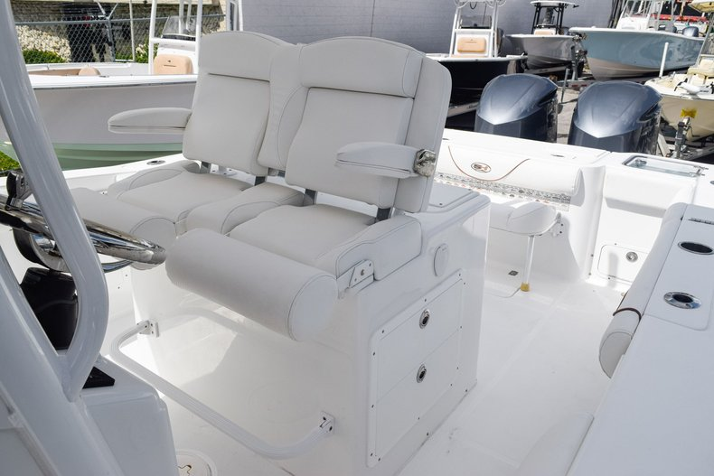 Thumbnail 37 for Used 2018 Sea Hunt Game Fish 30 Center Console boat for sale in Miami, FL