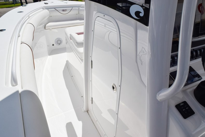 Thumbnail 54 for Used 2018 Sea Hunt Game Fish 30 Center Console boat for sale in Miami, FL