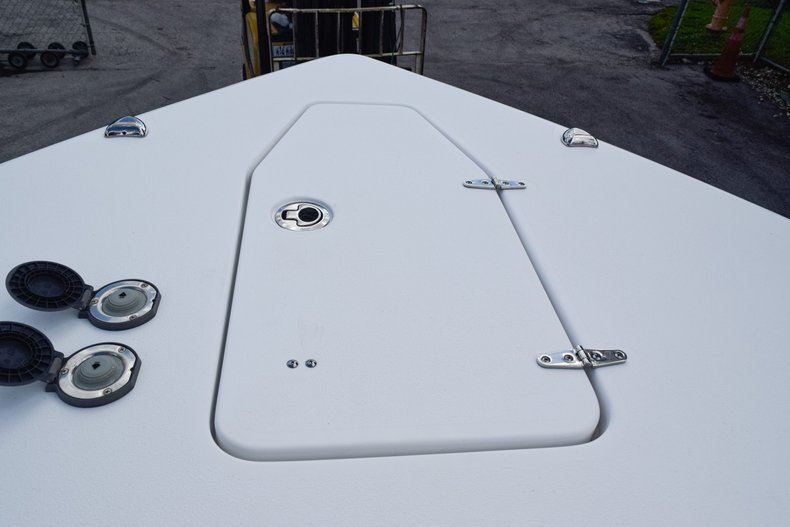 Thumbnail 61 for Used 2018 Sea Hunt Game Fish 30 Center Console boat for sale in Miami, FL