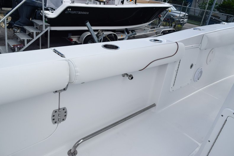 Thumbnail 64 for Used 2018 Sea Hunt Game Fish 30 Center Console boat for sale in Miami, FL