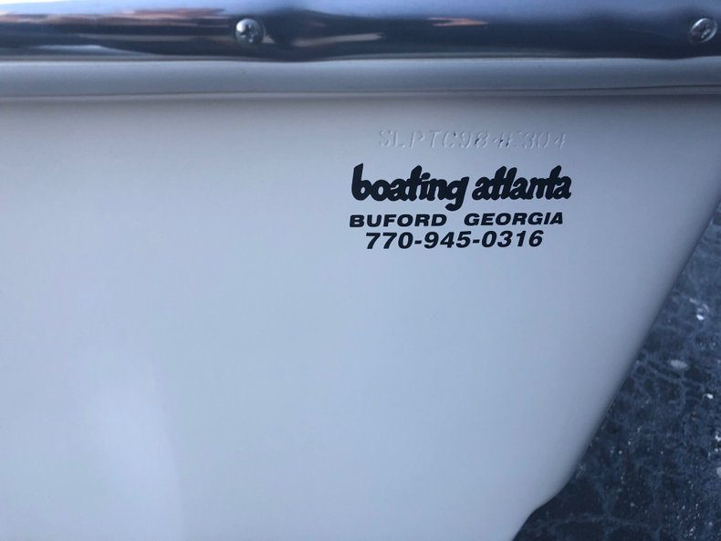 Thumbnail 46 for Used 2004 Scout 220 Bay Scout boat for sale in Miami, FL