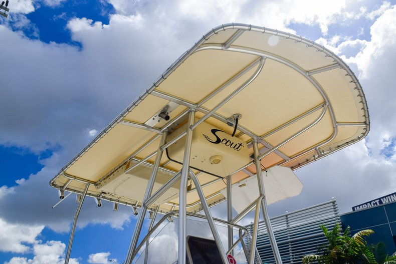 Thumbnail 8 for Used 2004 Scout 220 Bay Scout boat for sale in Miami, FL