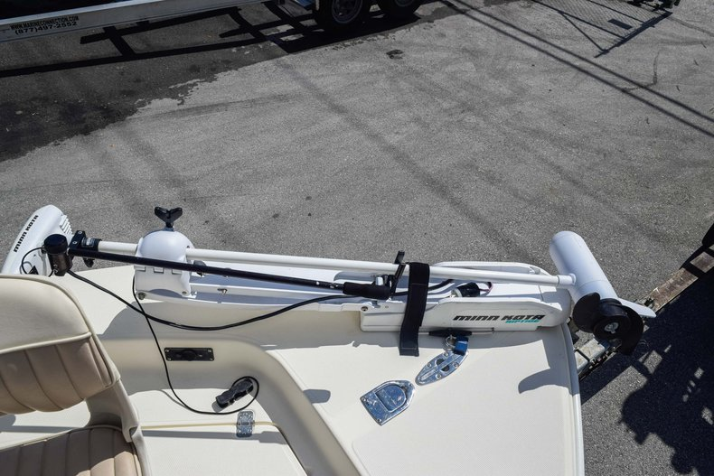 Thumbnail 40 for Used 2004 Scout 220 Bay Scout boat for sale in Miami, FL