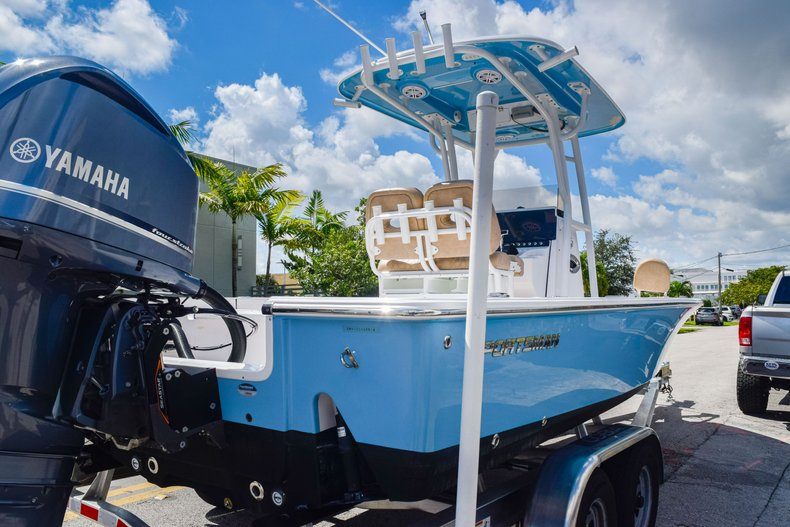 Thumbnail 6 for Used 2019 Sportsman Masters 247 Bay Boat boat for sale in Miami, FL