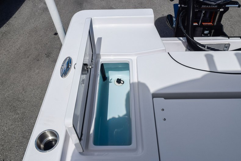 Thumbnail 10 for Used 2019 Sportsman Masters 247 Bay Boat boat for sale in Miami, FL