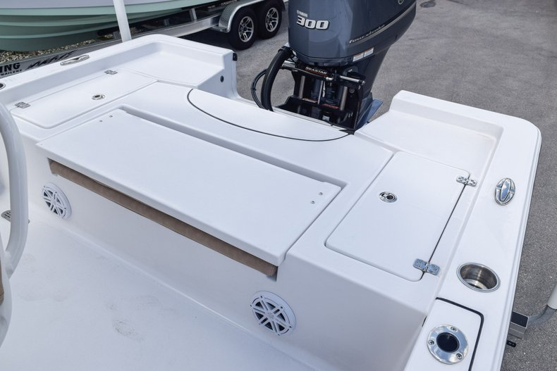 Thumbnail 13 for Used 2019 Sportsman Masters 247 Bay Boat boat for sale in Miami, FL