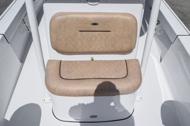 Thumbnail 36 for Used 2019 Sportsman Masters 247 Bay Boat boat for sale in Miami, FL