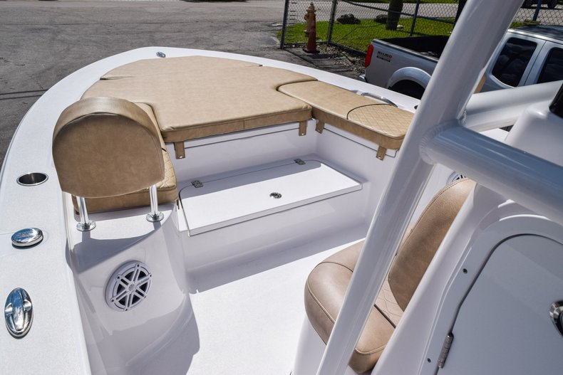Thumbnail 34 for Used 2019 Sportsman Masters 247 Bay Boat boat for sale in Miami, FL