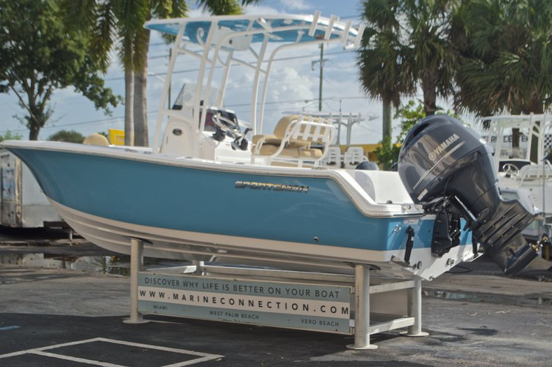 Thumbnail 6 for New 2017 Sportsman Open 212 Center Console boat for sale in Fort Lauderdale, FL