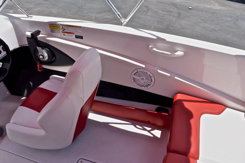Thumbnail 24 for Used 2014 Glastron GT185 Bowrider boat for sale in Fort Lauderdale, FL